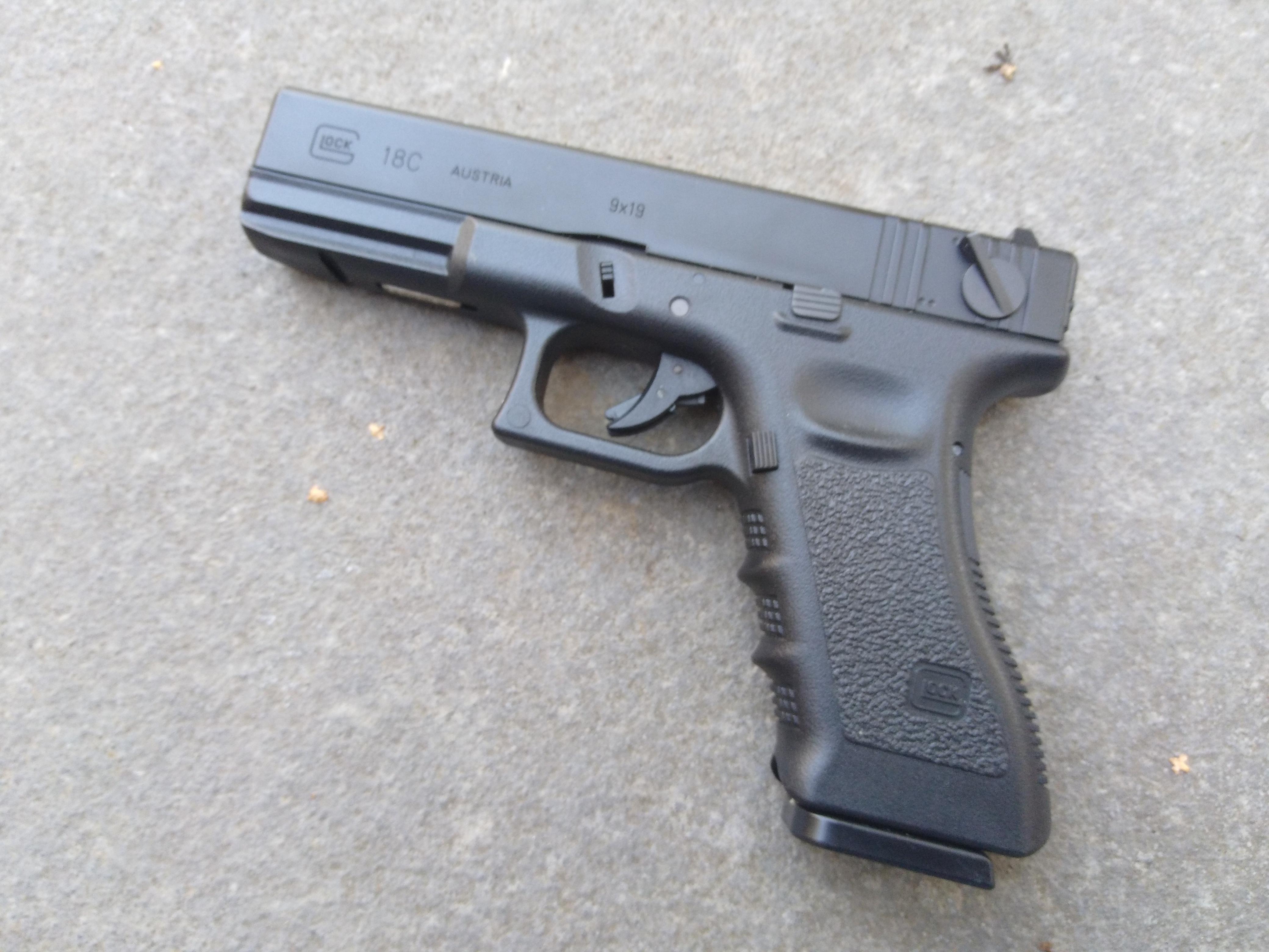 Tokyo Marui Glock 18C Gas 6mm