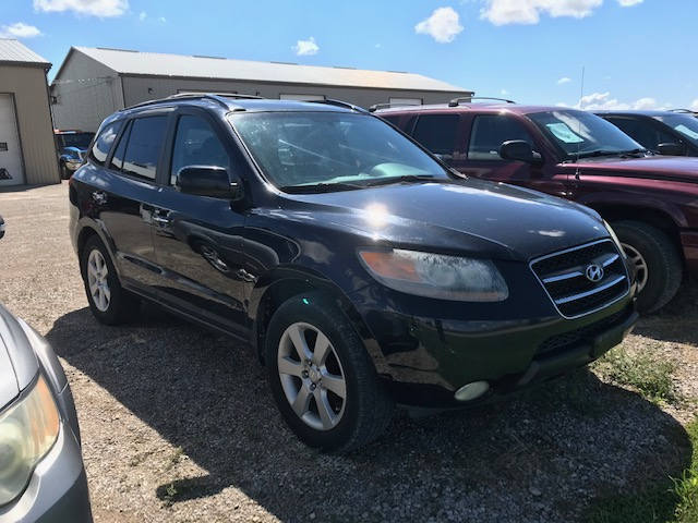 2007 Hyundai Santa Fe 3.3 litre, loaded, leather, AWD 180 036 km $5 595.00 + HST Certified