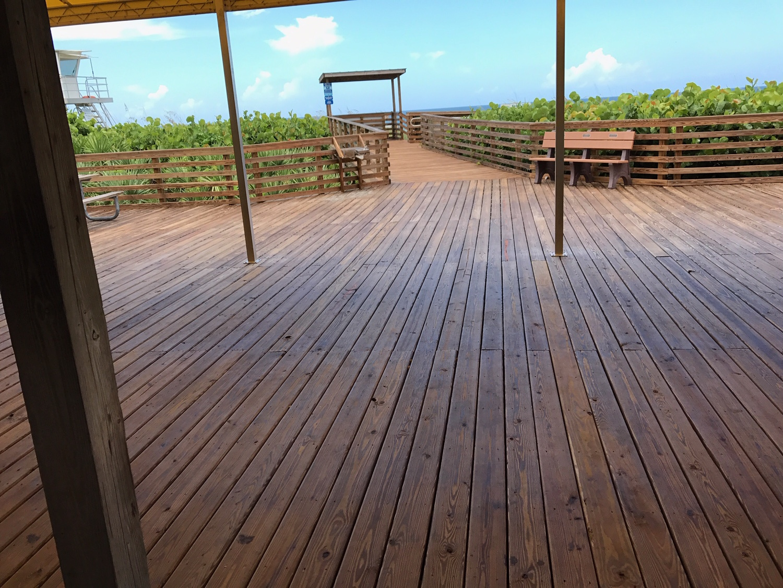 https://0201.nccdn.net/4_2/000/000/056/7dc/Jensen-Beach-Deck-1500x1126.jpg