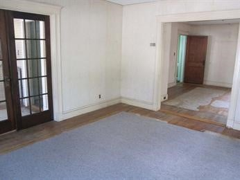 Living Room (Before)