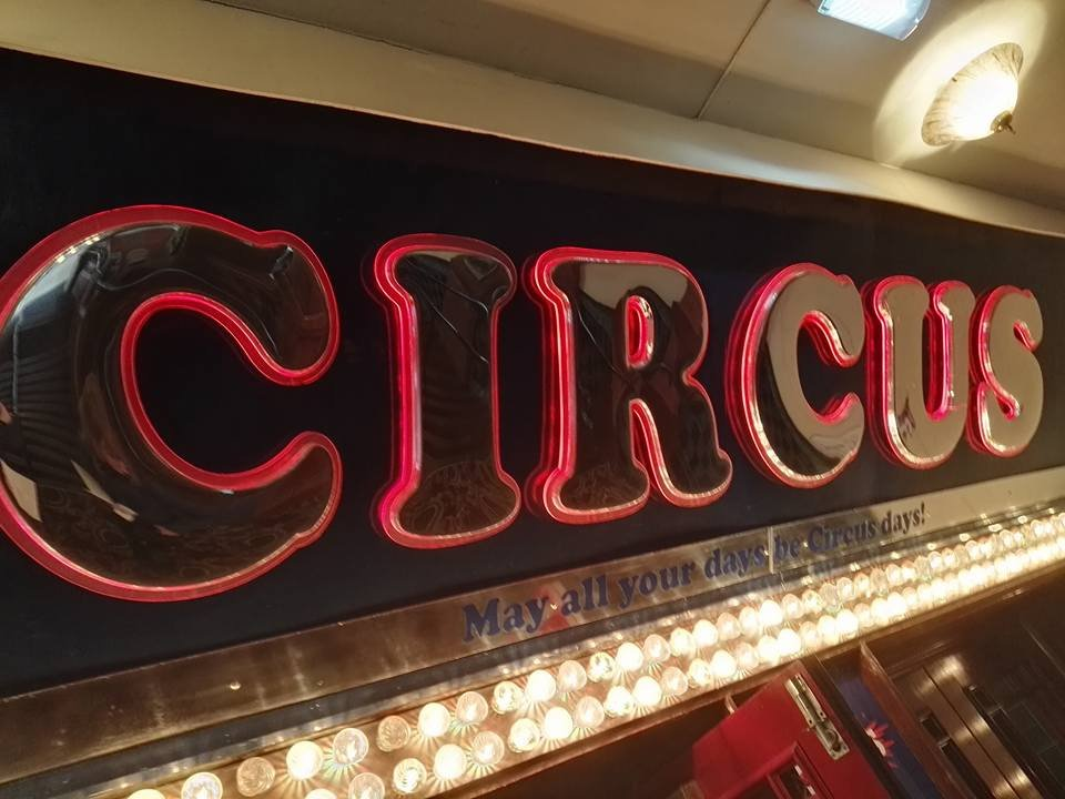 https://0201.nccdn.net/4_2/000/000/056/7dc/circus-sign-Blackpool-Tower-960x720.jpg