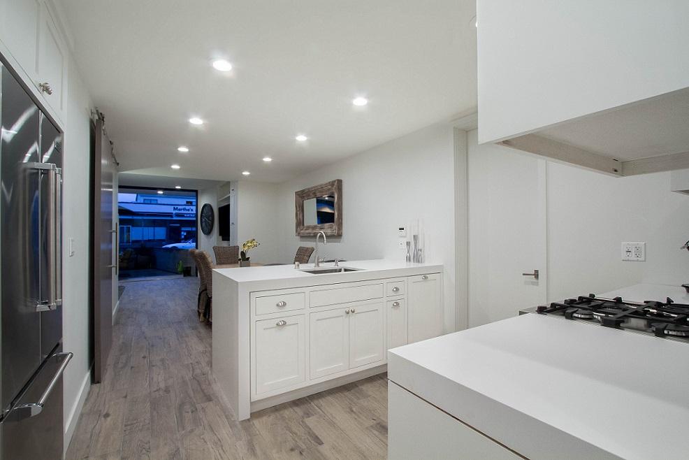 Beach Retreat Kitchen 2
