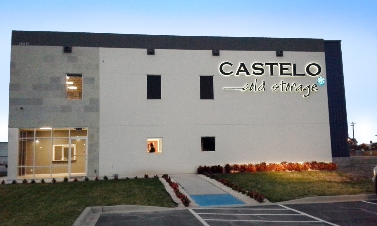 https://0201.nccdn.net/4_2/000/000/057/fca/castelo111.jpg