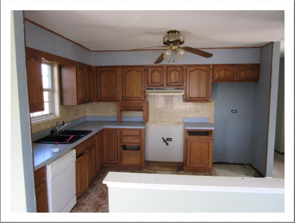 https://0201.nccdn.net/4_2/000/000/05a/a3f/KitchenBeforeRenovation-1000x756.jpg
