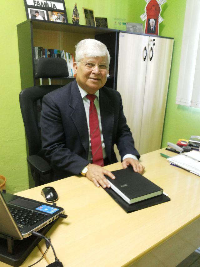 Dr. Adjamiro Ribeiro Lopes - Presidente