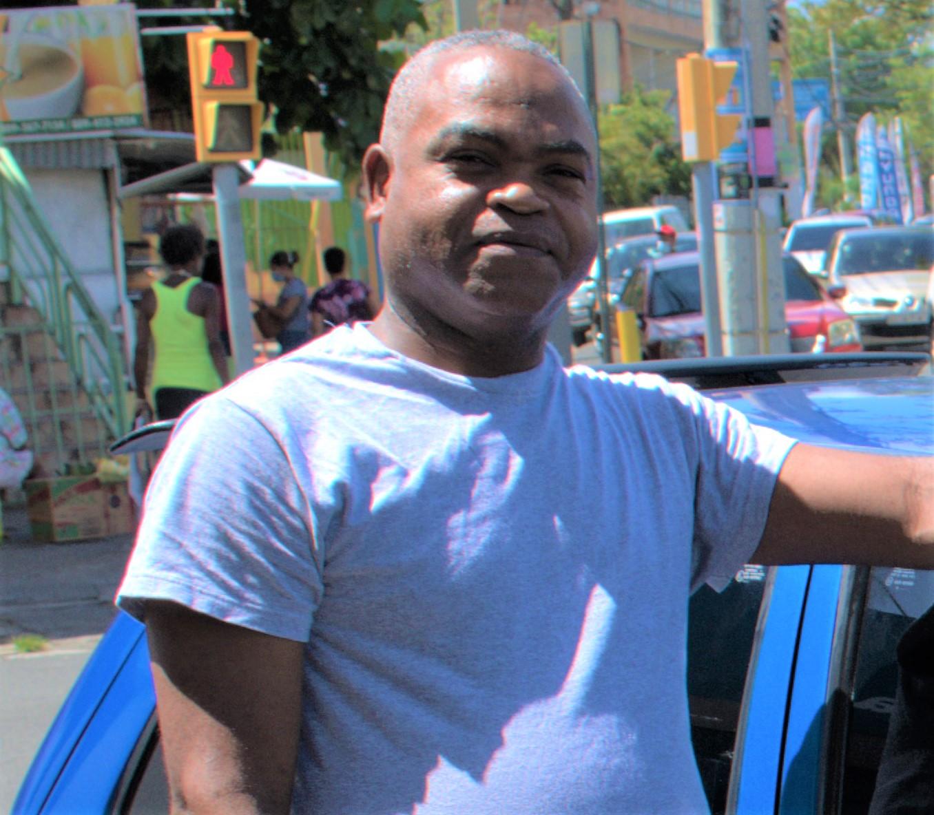 Mi nombre es Jose Manuel Rodriguez soy pintor de autos en general y tengo un Fiat Uno 45. Soy cliente desde el año 2008 y me siento satisfecho por la calidad de piezas y servicios adquiridos en REFIAT, srl.