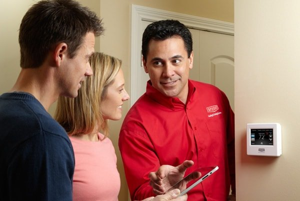Tech and Homeowners at Control