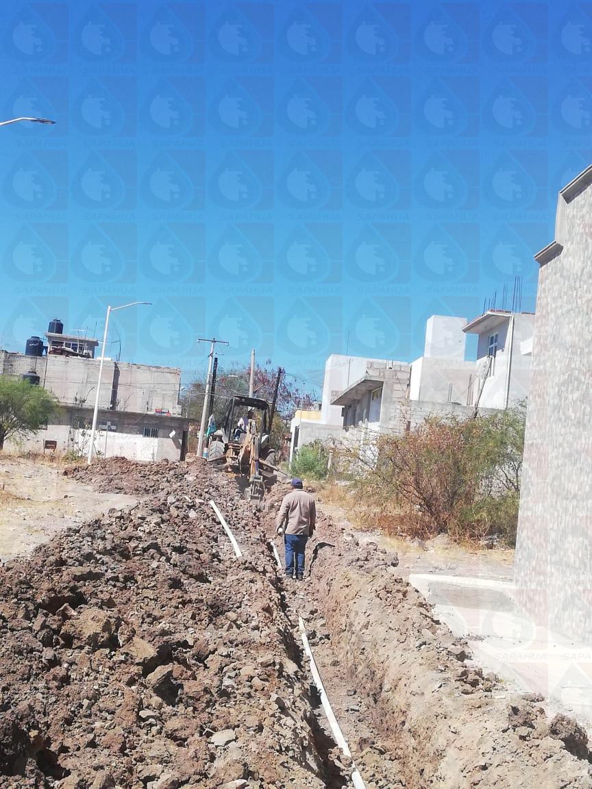 Ampliación de la línea de agua c. Santa Elena col. los Presidentes    Mes: febrero
