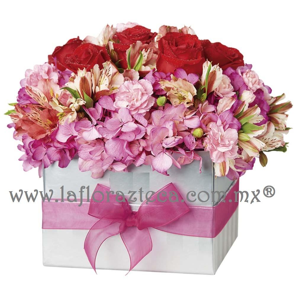 6 rosas y flores