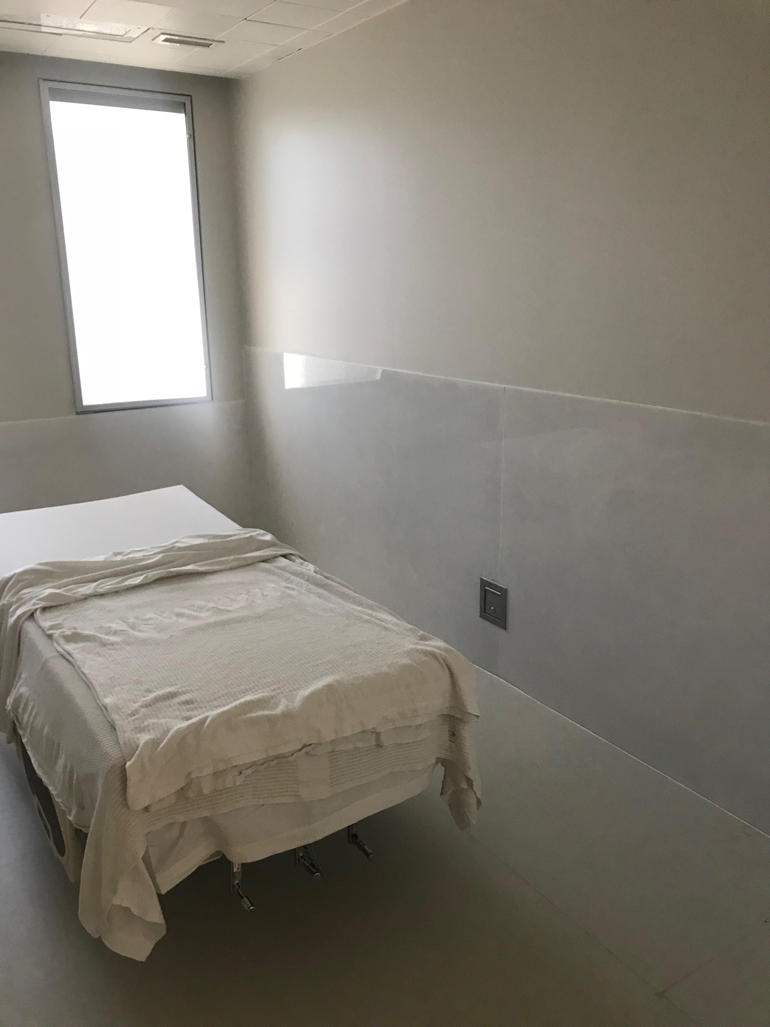Hospital Room 2