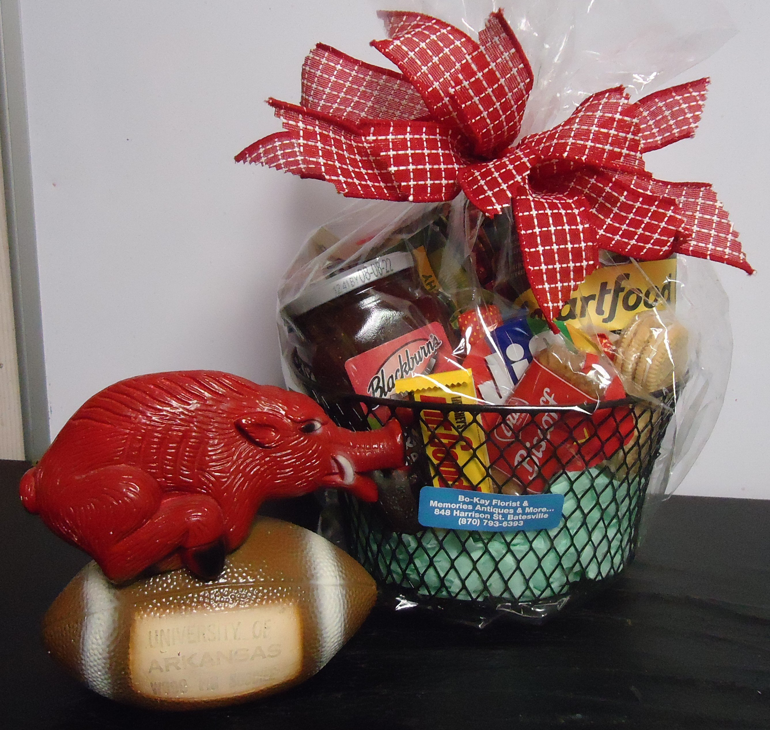 "(8) Goodie Basket W/ ""Vintage"" Razorback $50.00"