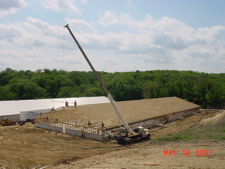 Crane-Setting-80-ft-Truss