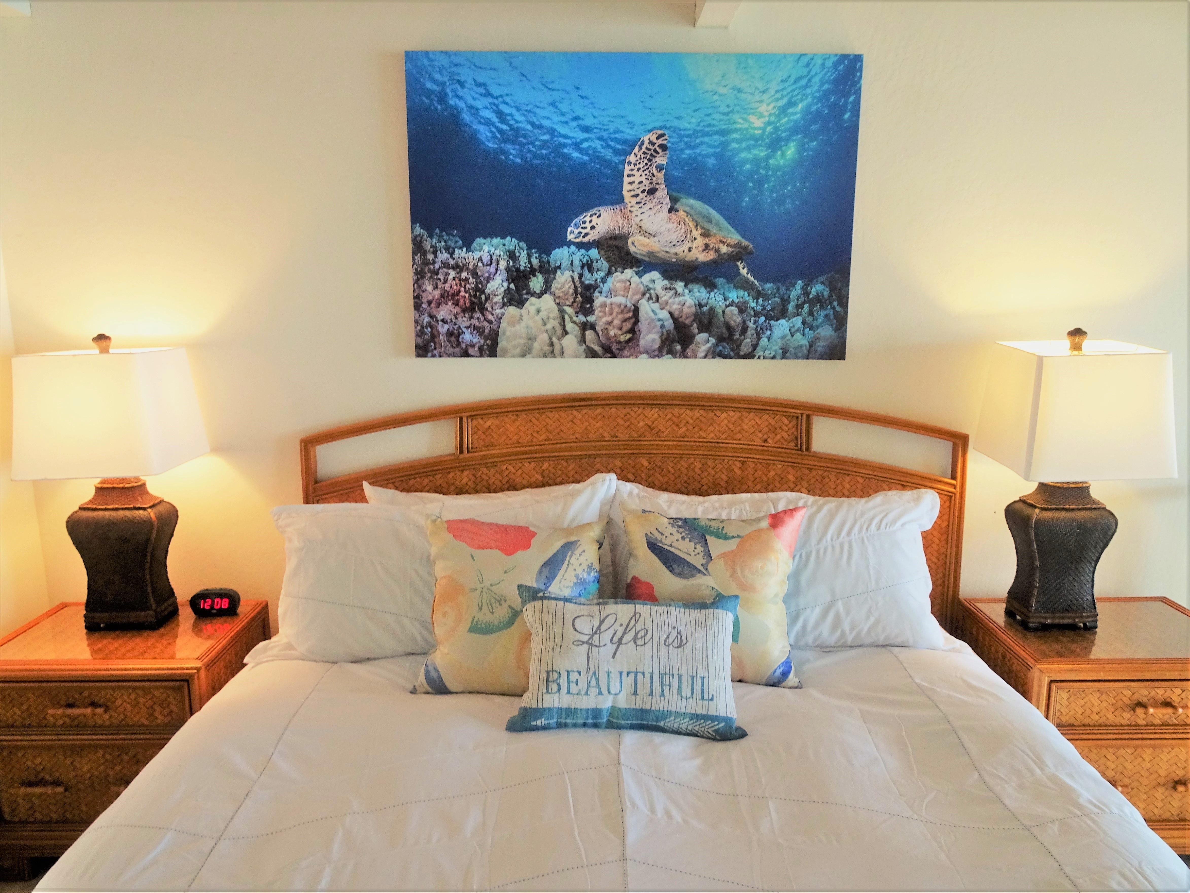 C20 Upstairs master bedroom