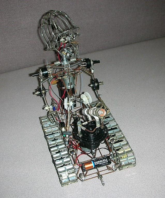 https://0201.nccdn.net/4_2/000/000/06b/a1b/Trackbot1-638x768.jpg