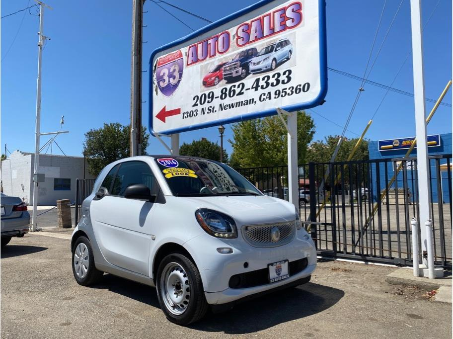 2016 Smart fortwo Pure Hatchback Coupe 2D Miles:33,600 Drive:RWD Trans:Auto, 6-Spd Twinamic  Engine:3-Cyl, Turbo, 1.0 Liter  VIN:125606