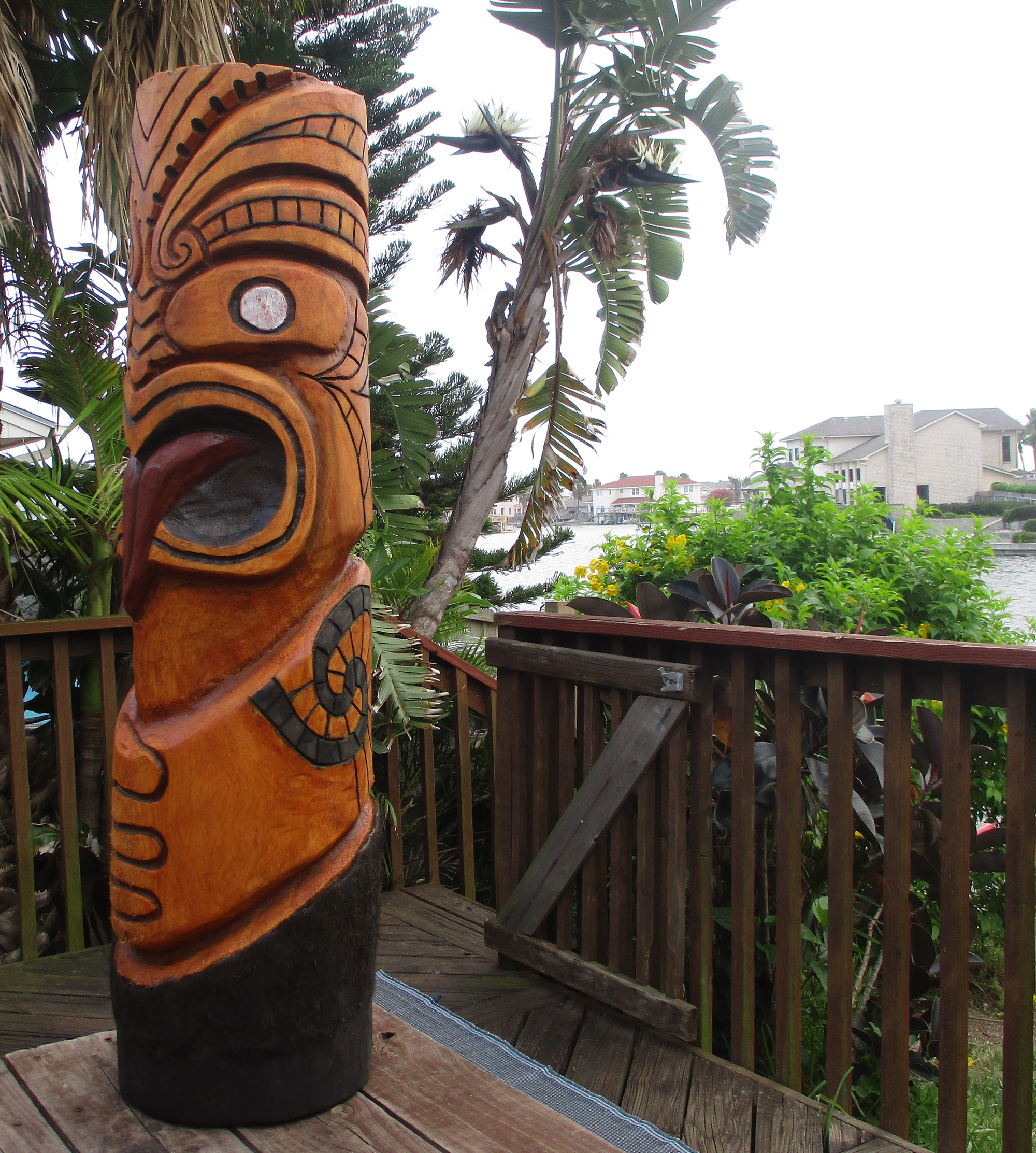 Large Texas tiki