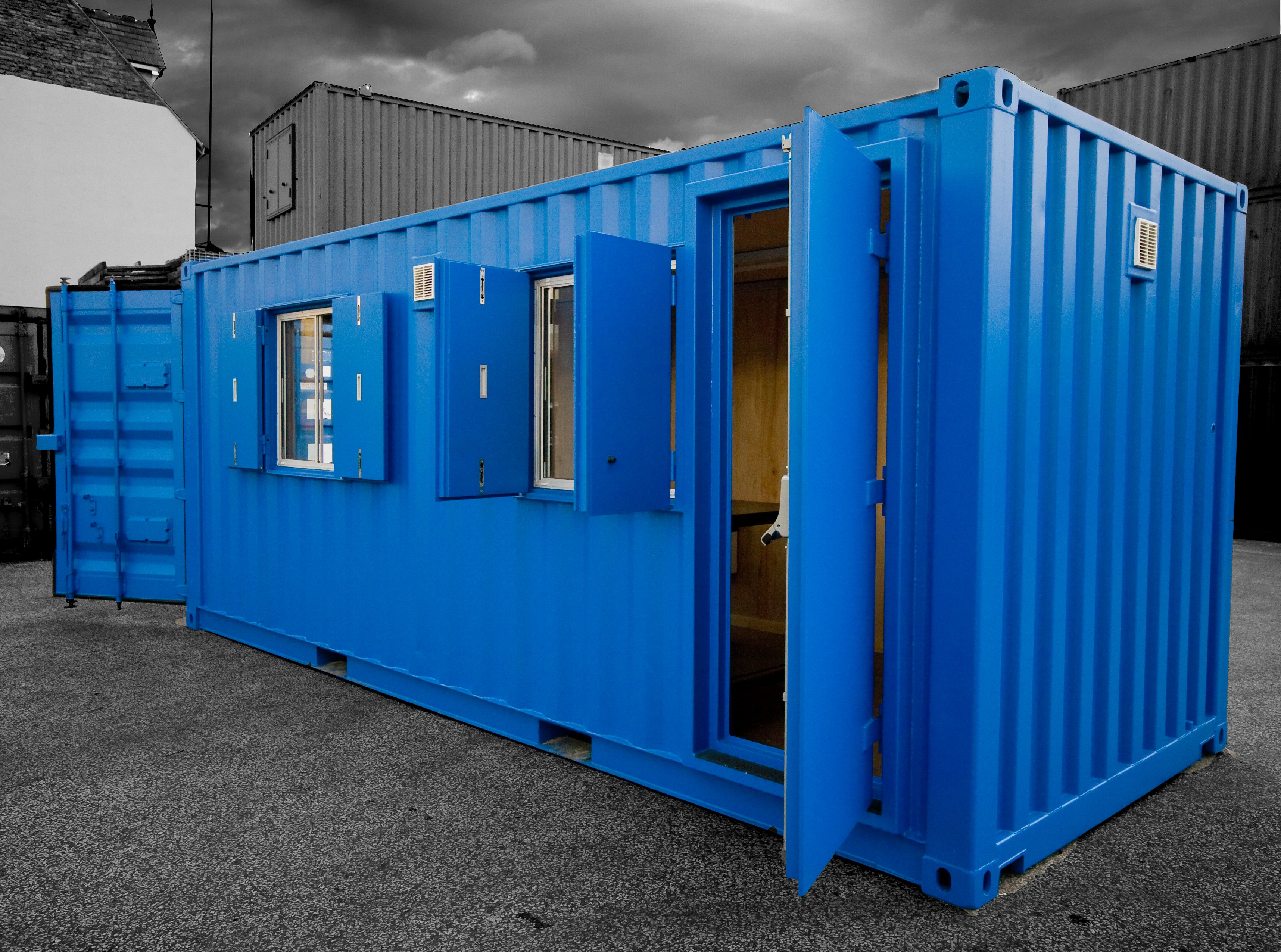 site cabins from shipping containers