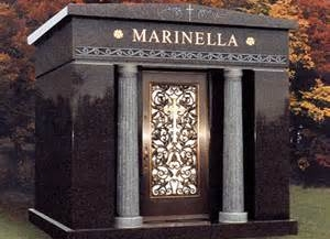 https://0201.nccdn.net/4_2/000/000/071/260/05-3a-mausoleum.jpg