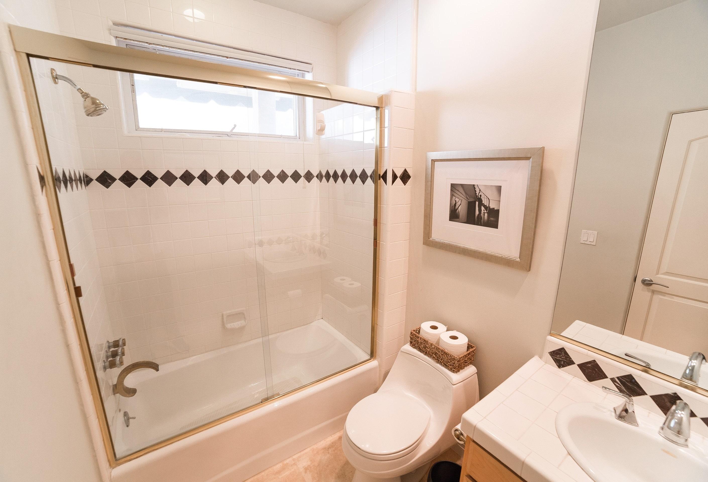 MB Townhouse Bathroom 1