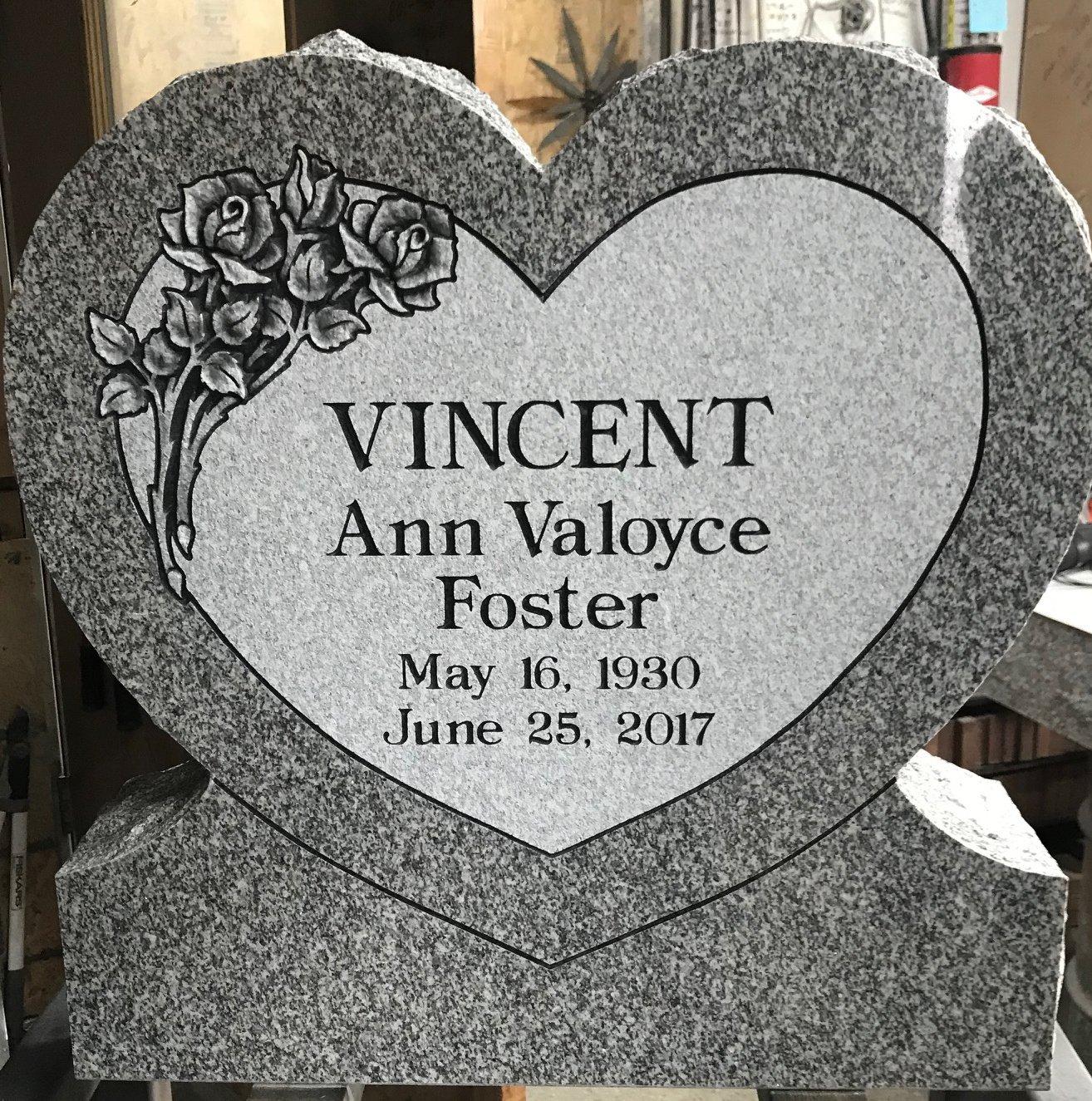 https://0201.nccdn.net/4_2/000/000/071/260/23702-Vincent-in-shop-1314x1325.jpg