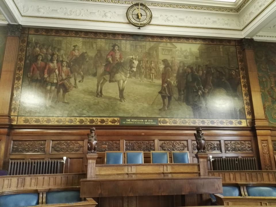 https://0201.nccdn.net/4_2/000/000/071/260/Blackpool-Town-Hall-tapestry-960x720.jpg