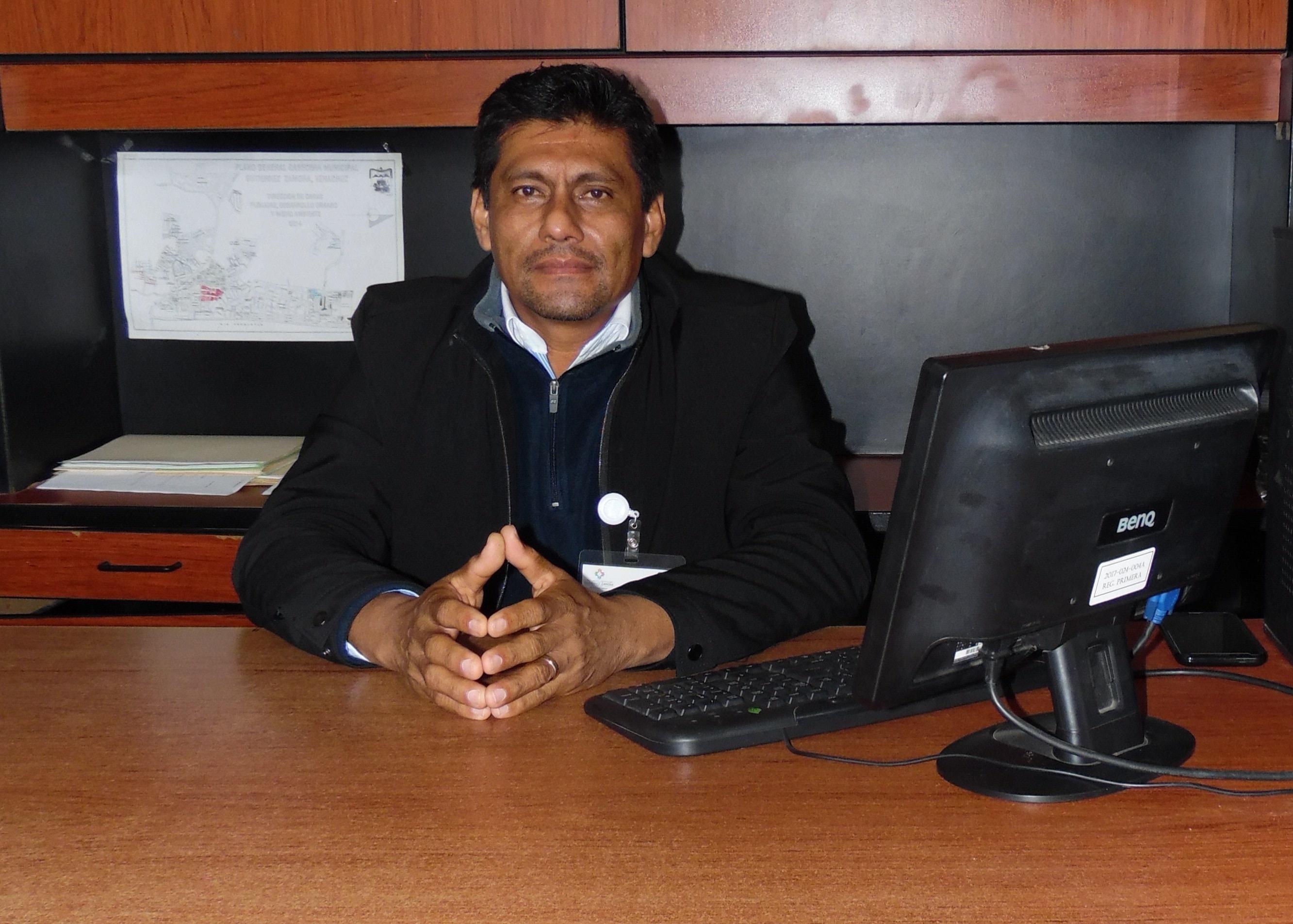 GONZALO QUIÑONES LOPEZ Regidor Primero Comisión: Asentamientos Humanos. Fraccionamientos. Licencias. Regularización de la tenencia de la Tierra.