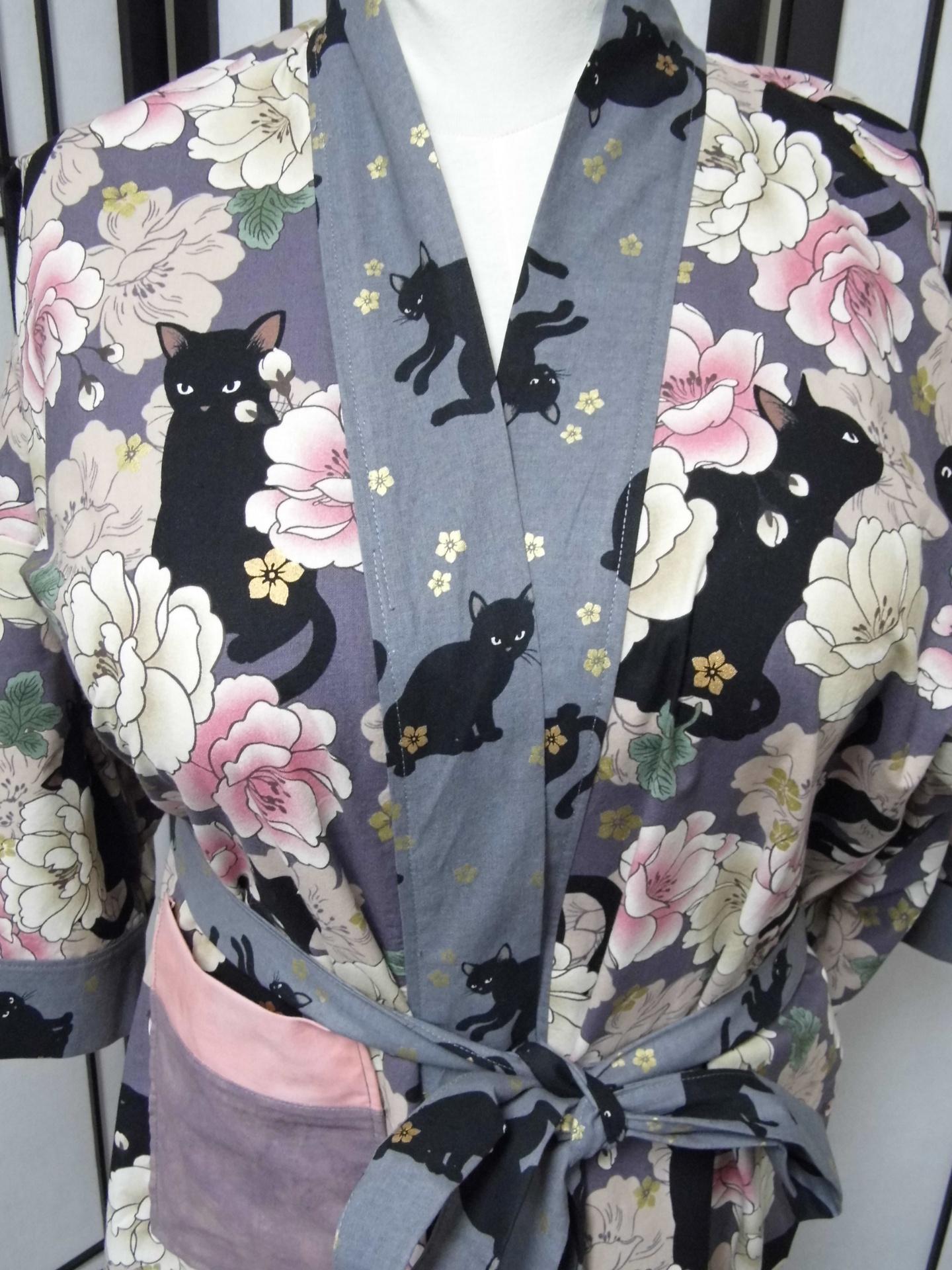Plum Kitties Kimono Robe Detail