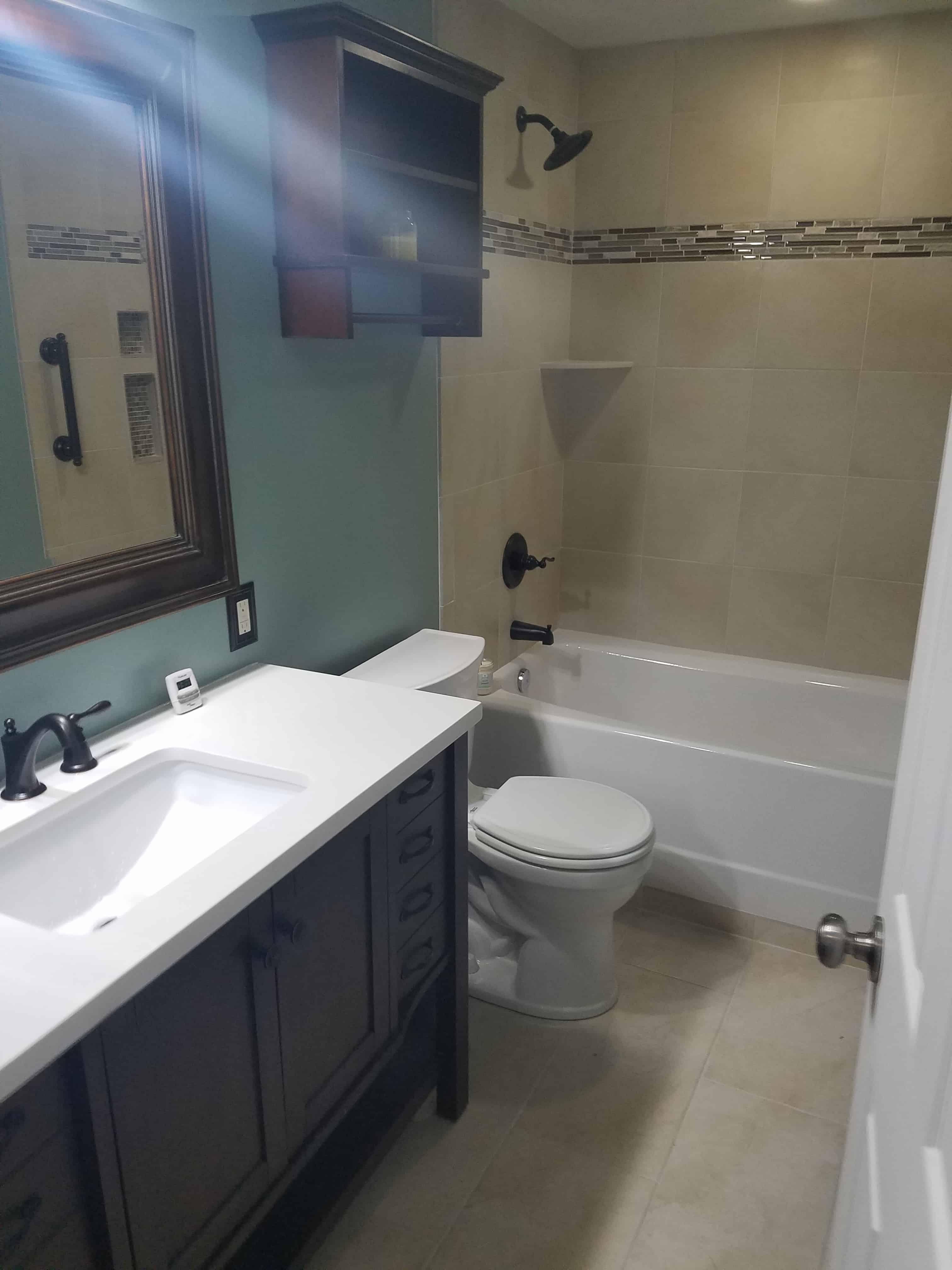 https://0201.nccdn.net/4_2/000/000/076/de9/Bathroom-min-3024x4032.jpg