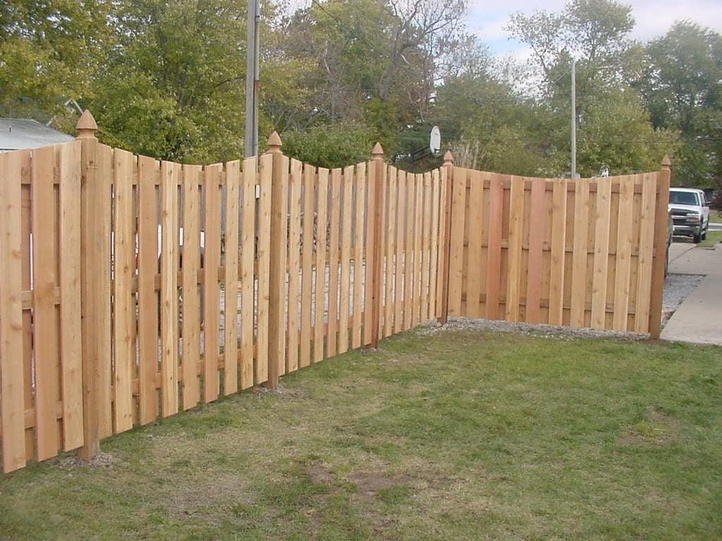 https://0201.nccdn.net/4_2/000/000/076/de9/Cedar-Fence.JPG