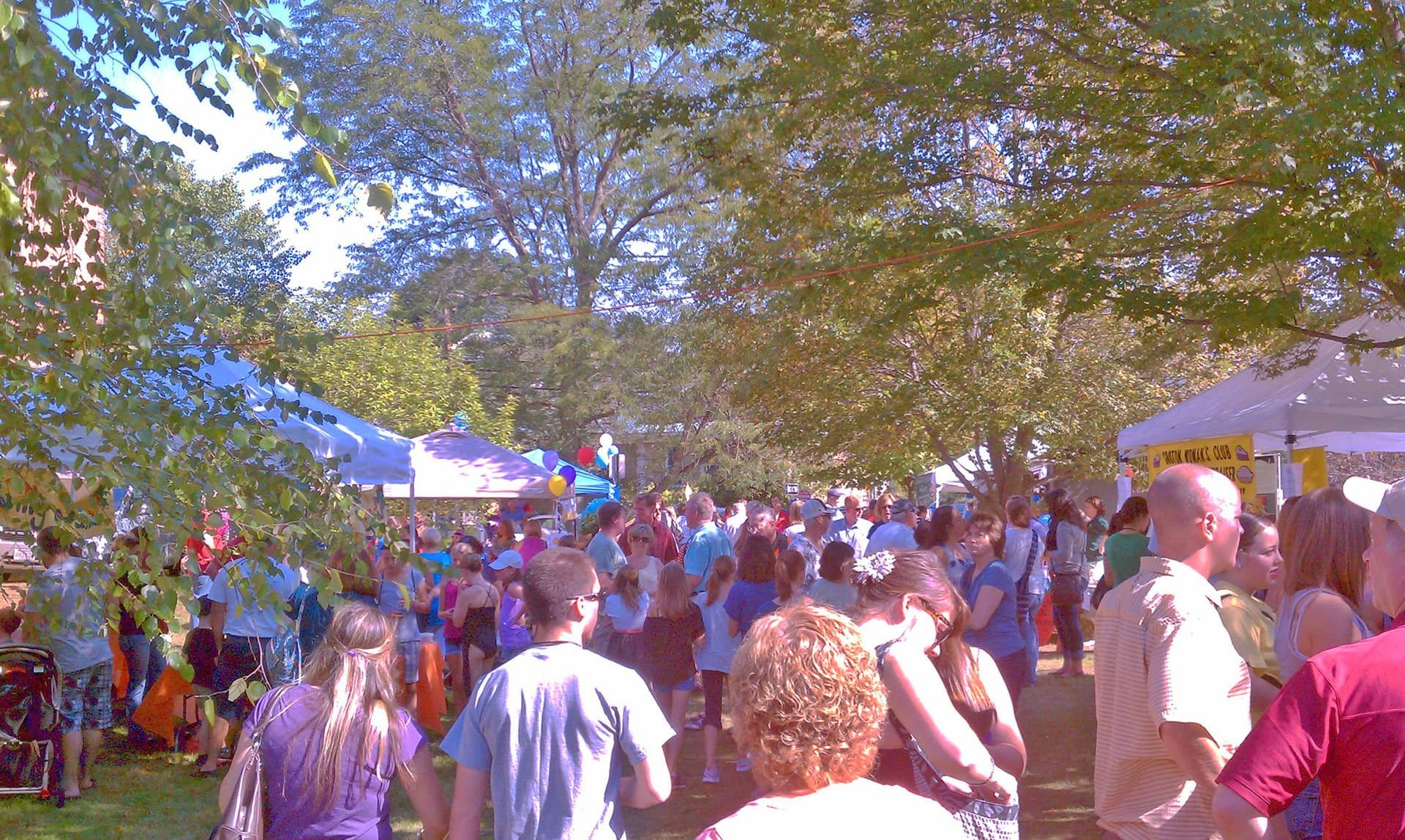 Grotonfest Crowd