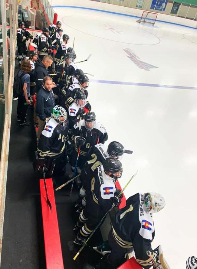 https://0201.nccdn.net/4_2/000/000/076/de9/UCCS-Hockey-8-651x890.jpg