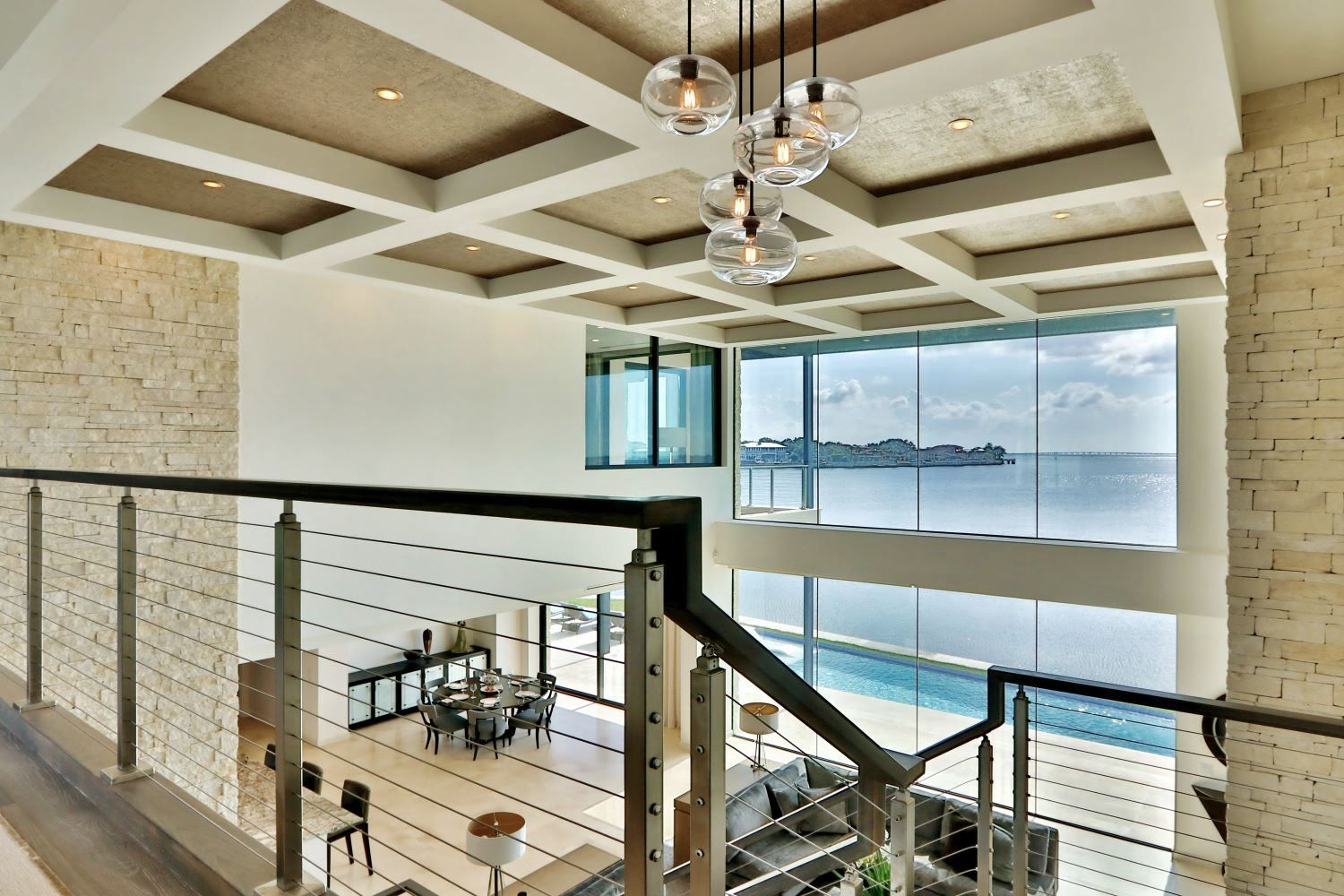 https://0201.nccdn.net/4_2/000/000/076/de9/waterfront-contemporary-home--10-.jpg