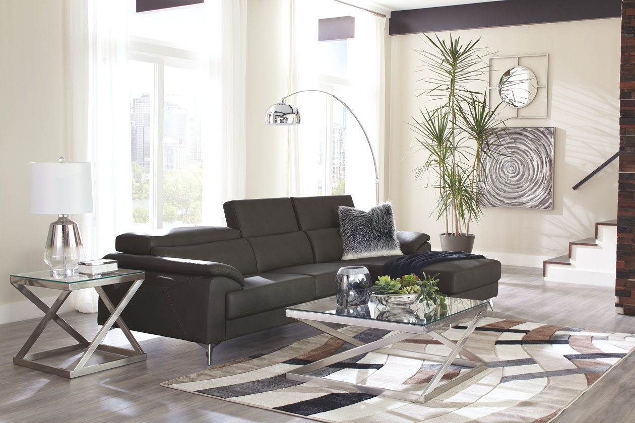 (373) Tindell Sectional  Available in 2 colors