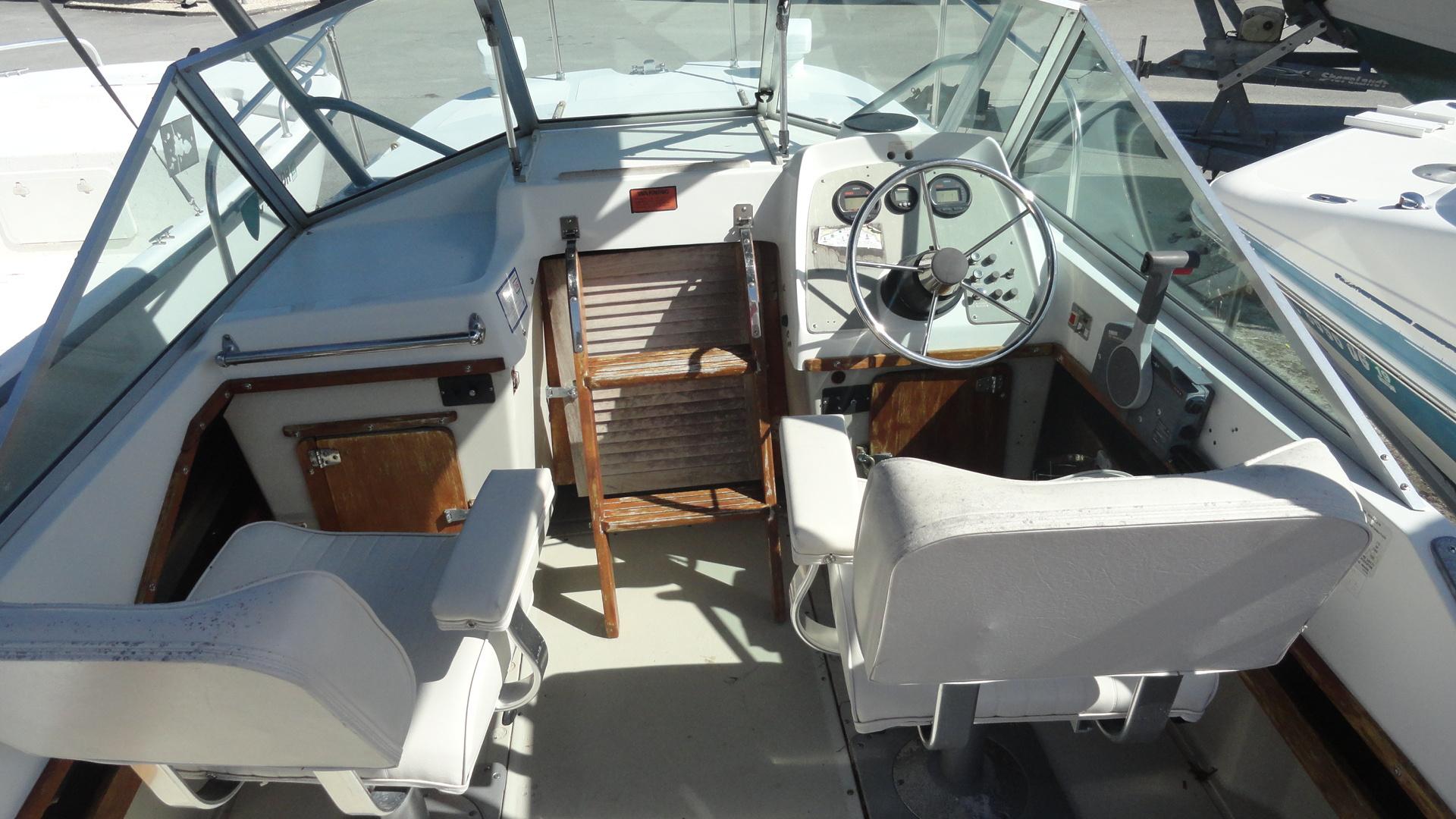 https://0201.nccdn.net/4_2/000/000/07a/ec5/Dorsett--Inside-of-boat-1920x1080.jpg