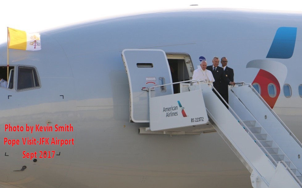 https://0201.nccdn.net/4_2/000/000/07d/95b/Pope-To-JFK-Sept-2015A-979x612.jpg