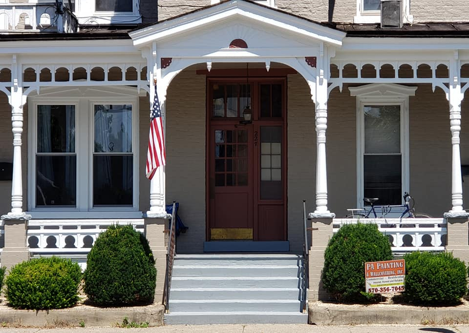 https://0201.nccdn.net/4_2/000/000/07d/95b/main-st-bloomsburg-door-after.jpg