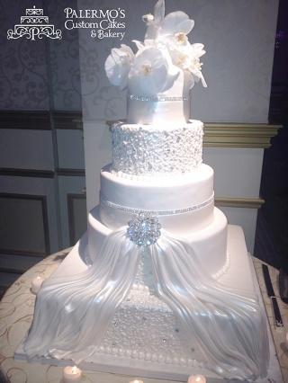 Grand Wedding Cake