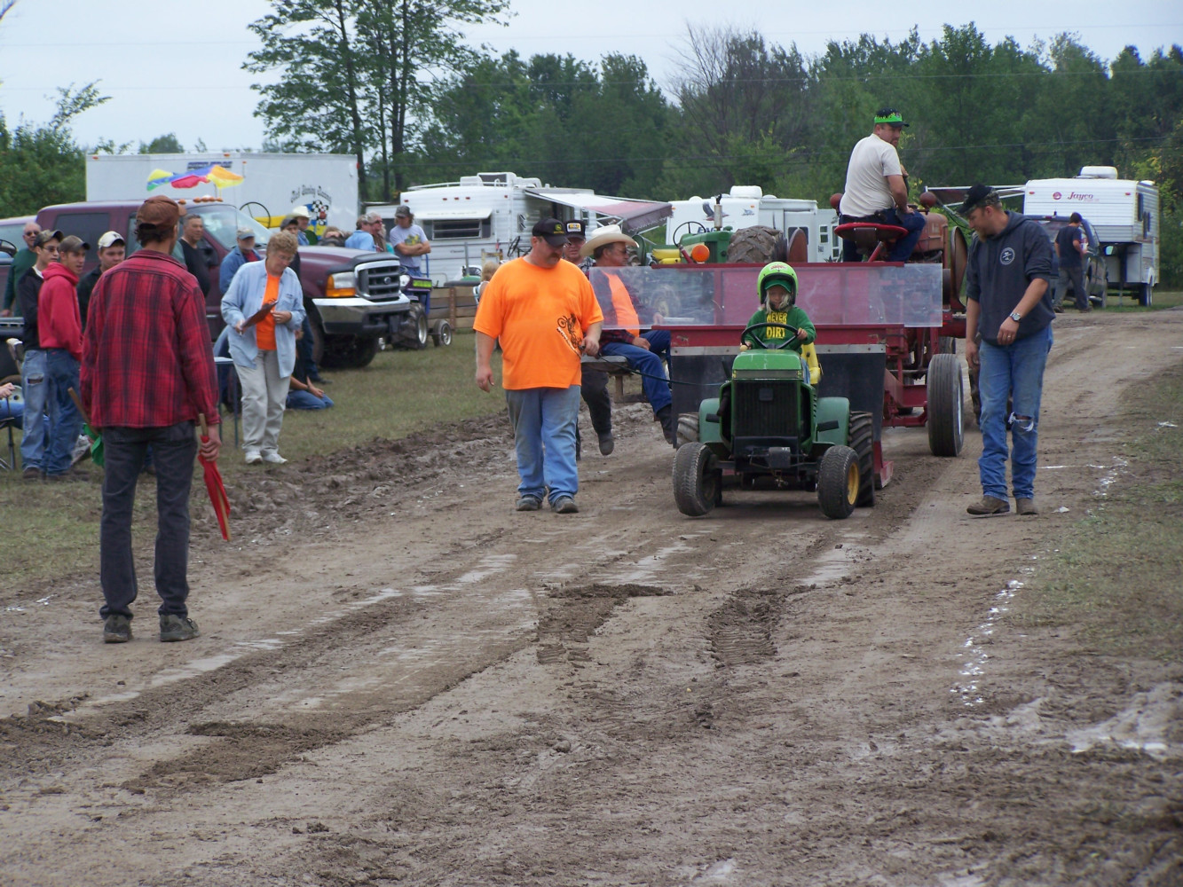 lawn-tractor-pulls--2011-