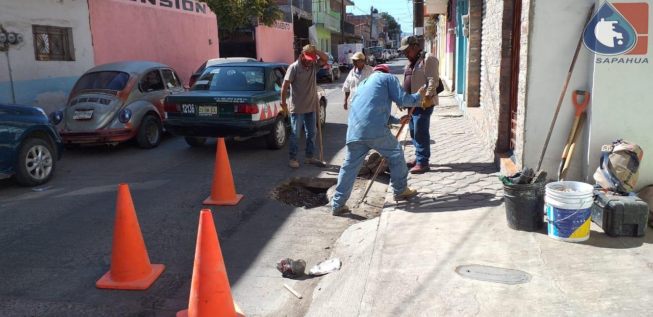REPARACIÓN DE SOCAVÓN EN CALLE BRAVO, COLONIA CENTRO