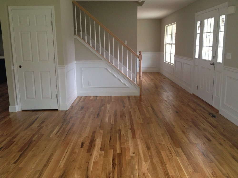 https://0201.nccdn.net/4_2/000/000/086/2d6/crazy-white-oak-floors-natural-finish-the-floor-board-blog-valenti-flooring-vs-red-1000x750.jpg